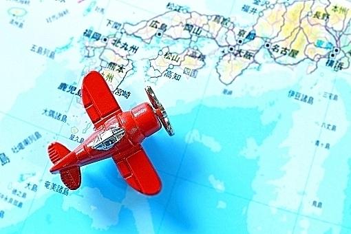 国内旅行でも遠い所には飛行機を…