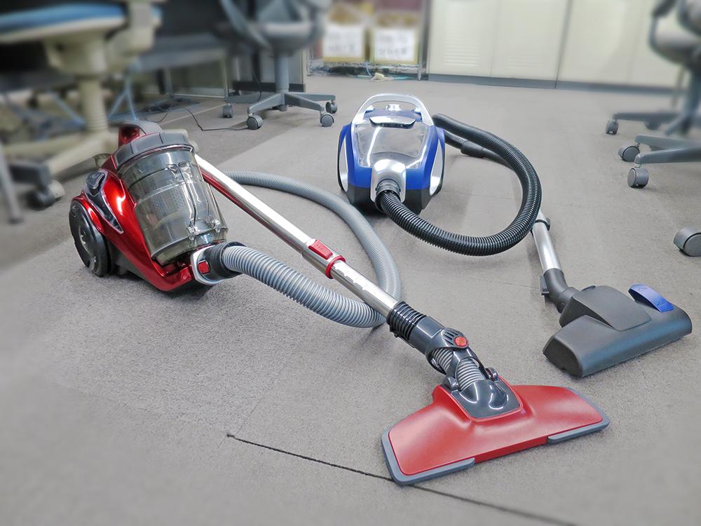 新掃除機(赤と青)