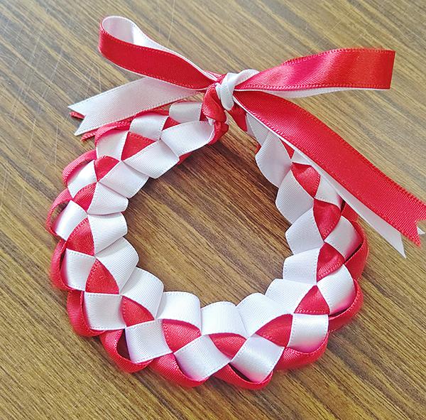 紅白模様のリボンレイ(鈴未取付)