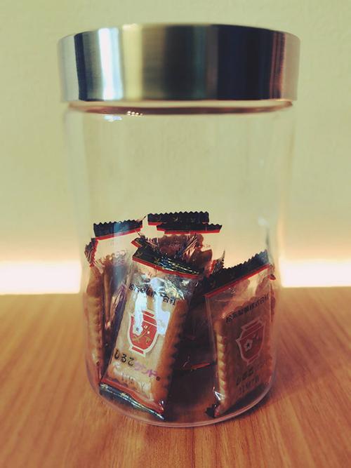 小さな瓶に詰められたしるこサンド
